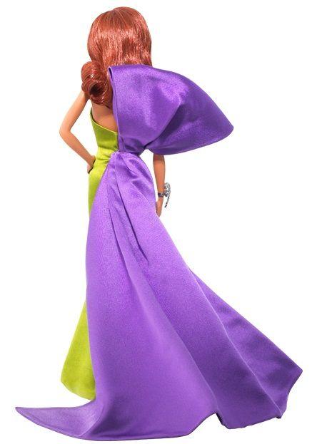 Vista trasera (detalle del lazo malva) del diseño Anemone de Christian Louboutin para Barbie Collector