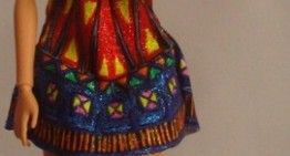 Barbie OOAK DIY designs by Taqué-Taqué (II): vestido sesentero multicolor + complementos