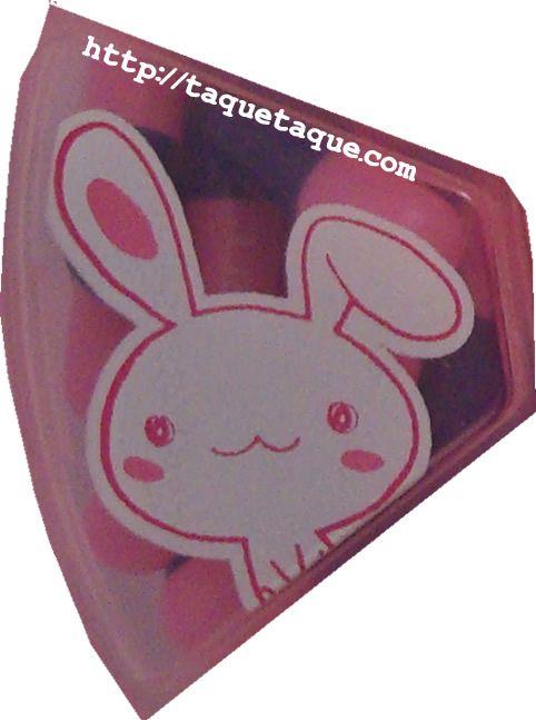 pastillero kawaii rosa con conejillos blancos (el otro dibujo)