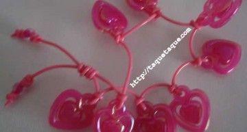 Set de abalorios de Hello Kitty (III): pulseras rosa fucsia
