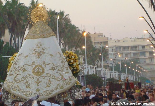 Procesión del Carmen en Estepona (Málaga) el 16 de julio de 2011