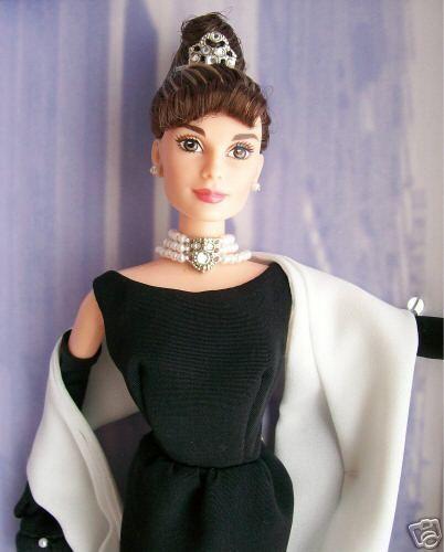 Barbie Audrey Hepburn Desayuno con diamantes