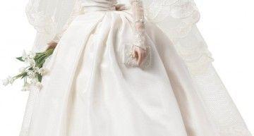La nueva Silkstone (o BFMC) no es una Barbie: Grace Kelly con su traje de novia rediseñado por Robert Best