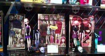 Las próximas novedades (¿2012?) de Monster High. ¿Este vídeo será real o un FAKE?