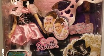 Bratz Masquerade: unas de las más deseadas en la Navidad de 2011, y por l@s coleccionist@s. En Toys 'R' Us ya se han agotado!!!