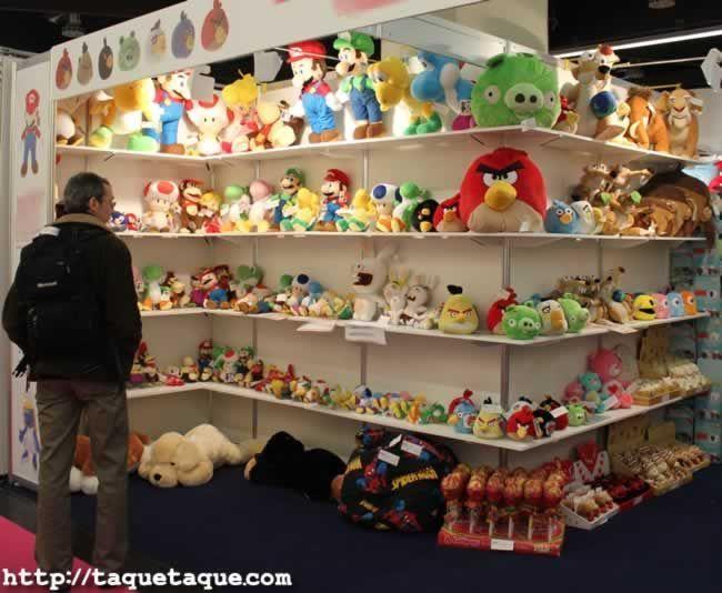 64º Feria Internacional del Juguete de Nüremberg (Alemania) - Angry Birds, Super Mario Bros. y otros peluches