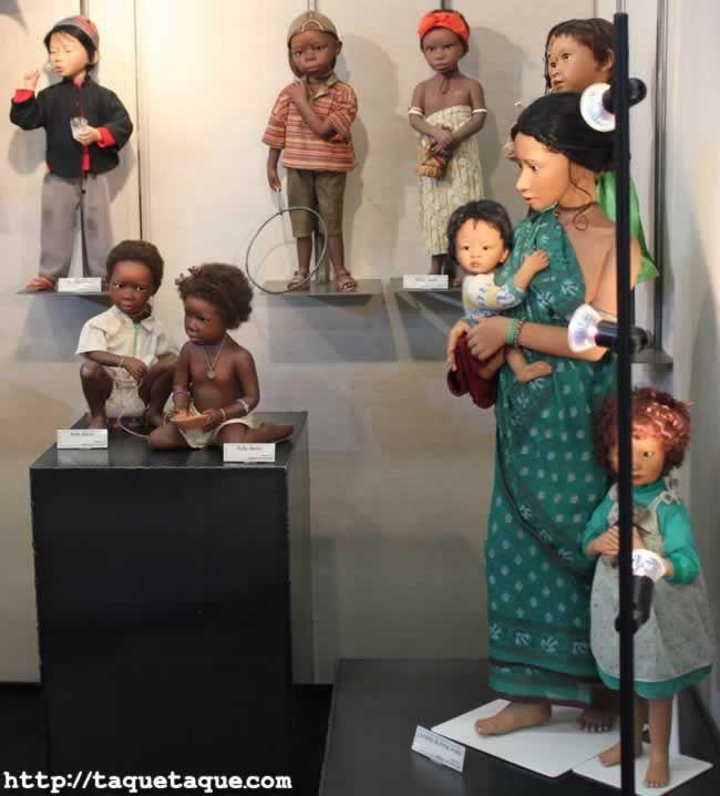 64º Feria Internacional del Juguete de Nüremberg (Alemania) - Muñecas del mundo
