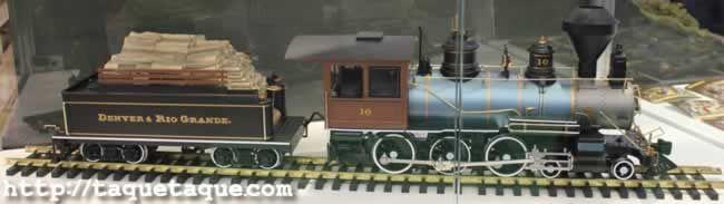 64º Feria Internacional del Juguete de Nüremberg (Alemania) - Maquetas: locomotora y vagón