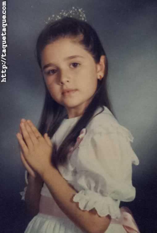 """Foto del recordatorio de la Primera Comunión de mi hermana Nieves 1989 (la que me llamaba """"Taqué-Taqué"""") taquetaque"""