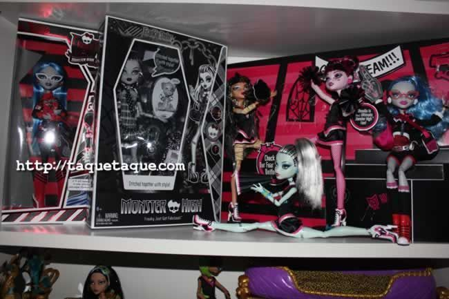 Mis Monster High SDCC (2010: Frankie Stein y 2011: Ghoulia Yelps) y las Asustadoras