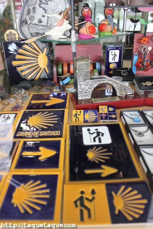Recuerdos y Souvenirs del Camino de Santiago (Portomarin, Lugo)