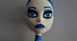 Qué difícil es customizar muñecas