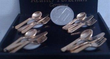 Regalitos de Benidorm (II): cubertería dorada