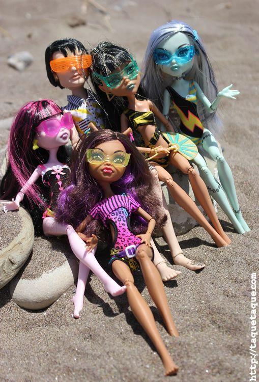 mis Monster High Gloom Beach en la playa (Estepona - Málaga)