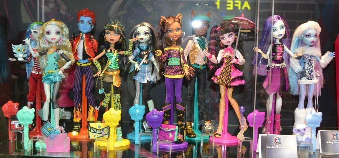 Monster High: Clawd Wolf, Abbey Bominable, Spectra Vondergeist y Holt Hyde entre otros