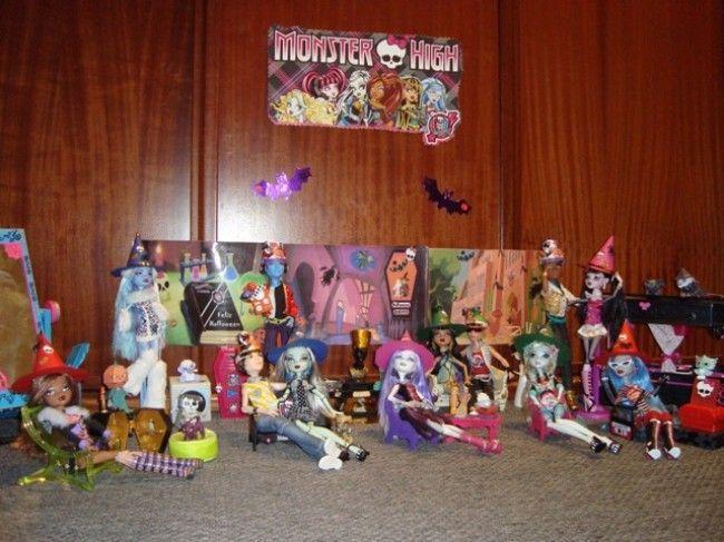 Fiesta DIY de Halloween para los Monster High de Helena y sus hijas