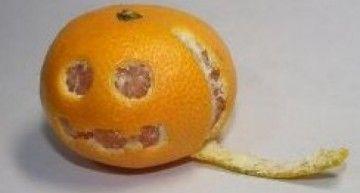 Se nota, se siente Halloween en el ambiente… y hasta las mandarinas se apuntan!!!