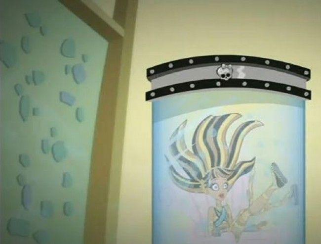 Monster High - Venganza contra Cleo en el Concurso de Ciencia Loca con el proyecto de Lagoona