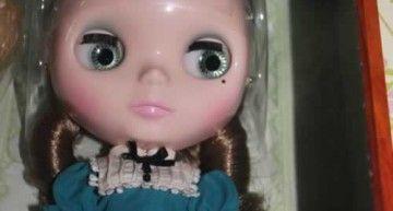 ¡¡¡Por fin tengo una Blythe (Very Vicky)!!! Justo a tiempo para mi cumpleaños :D Aún no me lo creo…