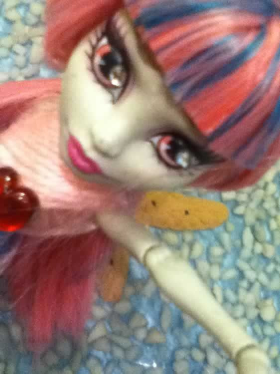 Reto julio 2012 - Sirenas: Sandrahigh convierte a Rochelle Goyle en una sirena... ¡¡¡espiedracular!!!