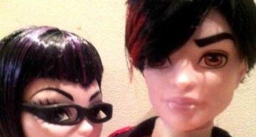 Gory y Valentine llegan al Instituto Monster High. Son la 1ª customización de Marta Pardos.
