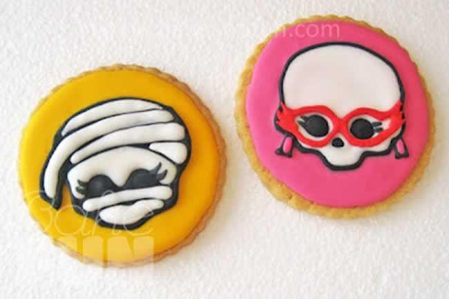 Cómo hacer galletas de l@s Monster High - Bake & FUN